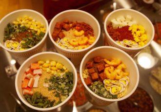 cup noodle museum. customize your own noodles ! Musée des nouilles instantanées, yokohama, Japan, japon